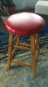 Wooden stool New Westminster, V3M