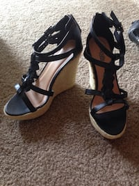 Black and brown leather charlotte russe open toe platform ankle strap heels Essex, 21221