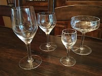 four clear long-stem wine glasses Washington, 20024