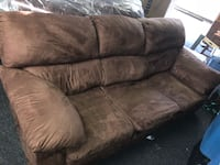 Queen Sized Sleeper Sofa & Matching Love Seat Nashville, 37216
