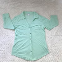 Express Size M Long Sleeve Shirt