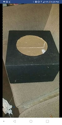 black and gray subwoofer enclosure Springfield, 65803