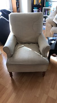 Chair, decent condition Oakland, 94606