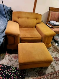 Orange Vintage 80s Chair