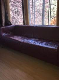2-3 seater couch Calgary, T3G 1L6