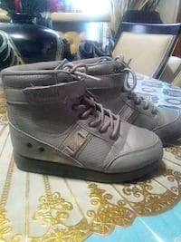 Gray parish sneakers size 3 Schenectady, 12307
