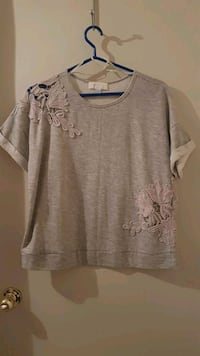 L-XL Forever 21 top never  worn  Calgary, T1Y 3Z4