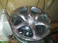 18 inch rims needs tires i think they fit gm cars 5 lug Jacksonville, 72076