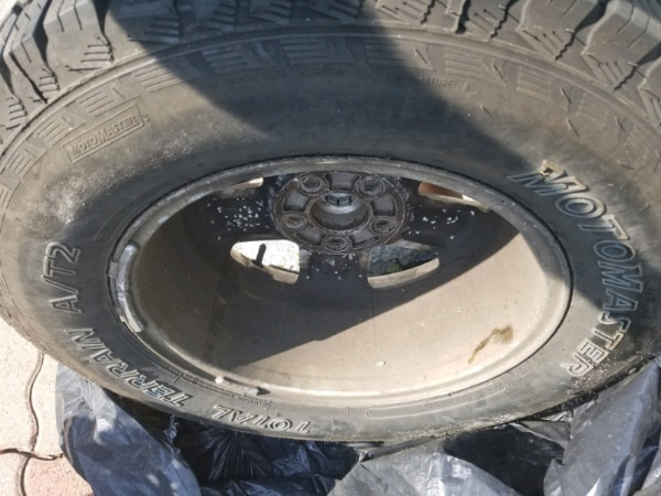 235 70 R16 ALLOY TIRES FOR SALE FITS FORD AND OTHER VEHICLE f2e595a5-87c0-4392-974b-3c7c3ce1a6fb