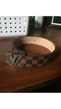 white and black Louis Vuitton leather belt Loyalist, K0H 2H0