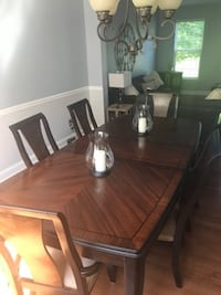 Dining room set table/cabinet and 6 chairs  Sussex