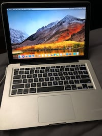 MacBook Pro 13 Inch Mid 2010 (has Apps) West New York, 07093