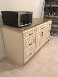 White wooden cabinet with granite top Herndon, 20171