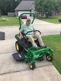 Lawn mowing Madisonville