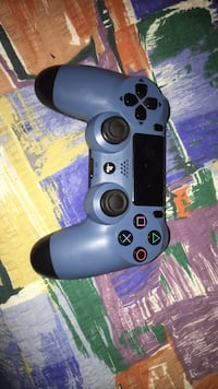 PS4 CONTROLLER PERFECT CONDITION Burnaby, V5B 2Z8