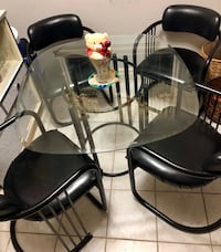 Gone today! Elegant dining set  Markham, L3P 6X4