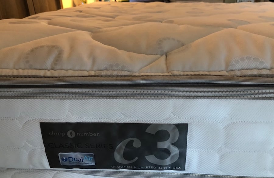 Sleep Number c3 series Queen bed d40caae6-db25-4f50-bbb9-a4bb9a759fac