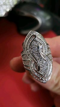 925 SILVER RING WITH DIMOND NEW  London, N6P 1P6