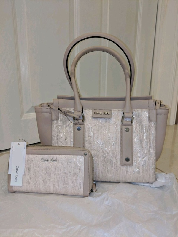 Used Calvin Klein purse and wallet for sale in Mississauga - letgo 4d8875cb3df60