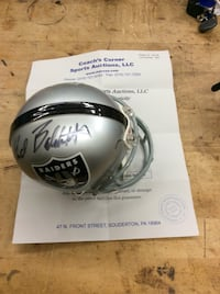 Fred Biletnikoff auto Raiders mini helmet with C.O.A . Collectible. Baltimore, 21205