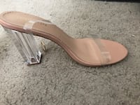 Pair of brown leather open-toe sandals Ellicott City, 21043