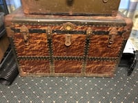 brown and black wooden chest box Hubbard, 44425