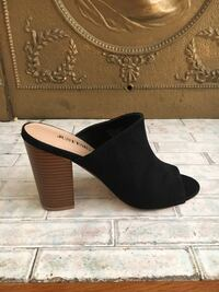Pair of black suede open-toe heeled shoes San Francisco, 94133