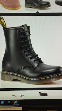 Dr martens steel toe, esd certified never worn size 8 Waterloo, N2V