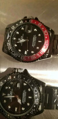 round black and red chronograph watch with link bracelet Toronto, M6K 3S2