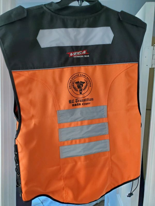 Motorcycle Reflective vest with Id holder d945b3fe-3c46-465d-8f9f-5fe0cd5eb681