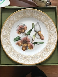 "BOEHM's Fine Bone Porcelain Series of ""Flowers of the World"" Leesburg"