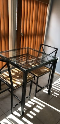 Kitchen table and chairs Bowie, 20721
