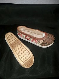 pair of handmade lil shoes Tacoma, 98467