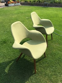 2 x Contemporary Chairs Peachland, V0H 1X2