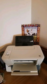 HP colour printer  Wellandport, L0R 2J0