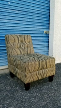 Fabric armless accent chair. Phoenix, 85027