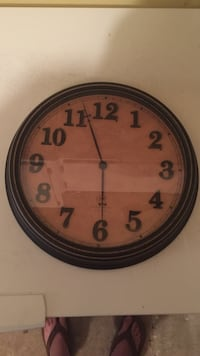 Round brown wooden framed analog wall clock Springfield, 22152