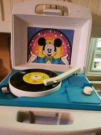 Vintage Mickey Mouse Record Player  Niagara Falls