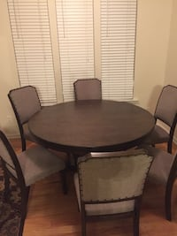 """60"""" Round dinning room table set (with 6 chairs) Durham, 27713"""