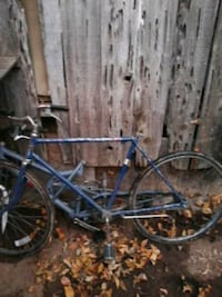 blue and gray hardtail bike Riverbank, 95367