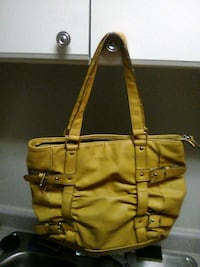 Womens Purse good condition nothing wrong wit it  Norman, 73072