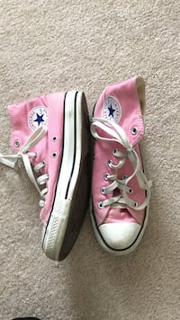 Pink Converse High Tops Size 8 Alexandria, 22301
