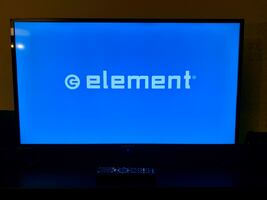 "Element smart TV 39"" turns off by itself"