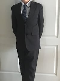 black notch lapel suit jacket St Catharines, L2N 2C9
