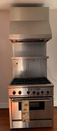 Thermador 6 burner gas stove, electric oven