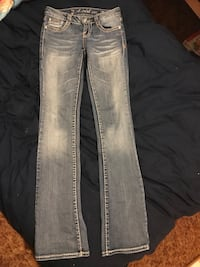 two gray and black jeans Sedro-Woolley, 98284