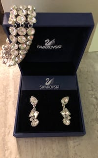 Swarovski earrings and bracelet with box