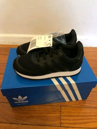 pair of black Adidas low-top sneakers with box Silver Spring, 20906