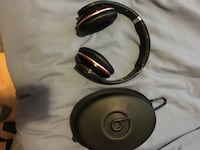 Black beats by dre wired headphones with case