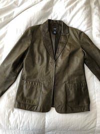 vintage woman's Gap leather jacket Jacksonville, 32224